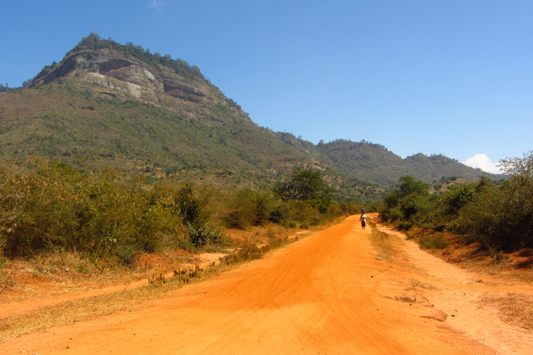 Maktu - Mwatate road