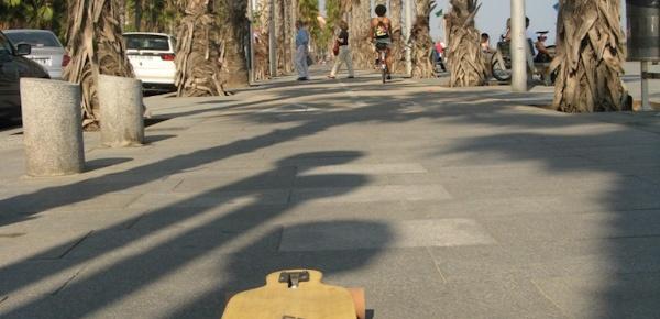 Barcelona na longboardzie