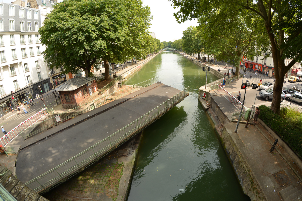 Interesting bridge on the Canal de l'Ourcq