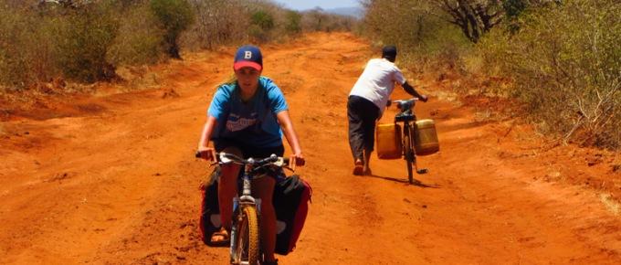 Kenijski busz, rowery i słonie