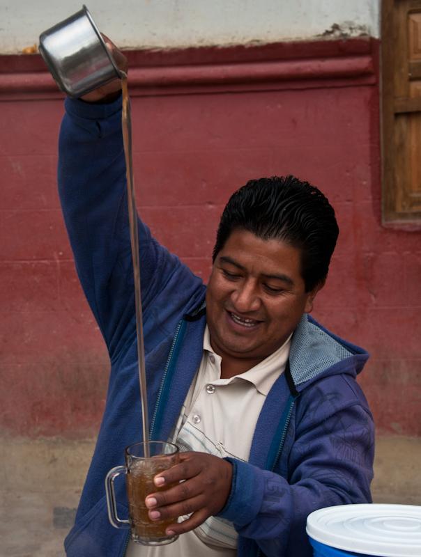 Emoliente street vendor