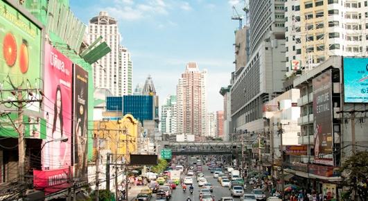 Bangkok i ucieczka z Bangkoku